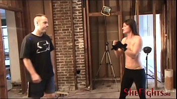 Facebusting with Cindy and Army Guy - Golden Bikini and Dangerous Fists