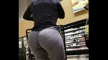 Sexy girl at supermarket with her big booty pornhub video