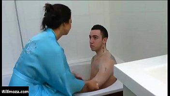 Wild Mother Fucking Son in the Bath   Milfmoza.com