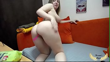 love Lisa huge boobs exposed and dildo play