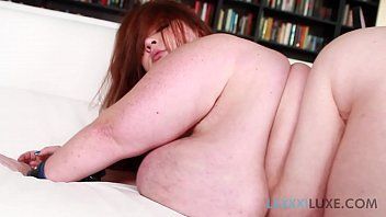 Sexy SSBBW  Lexxxi Luxe Submits to Christian X