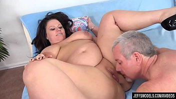 Chunk mature - Full figured crystal valentine sucks a fat cock before being fucked with it