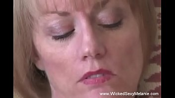 Sexy Amateur Housewife Fucks For Real