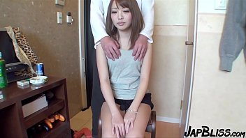 Japanese College Student Wants To Fuck Bareback!
