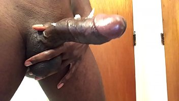 8 mins of jacking my BBC with huge cumshot
