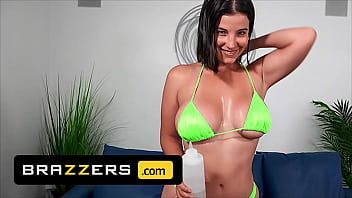 (Charles Dera) Fills (LaSirena69) Mouth With His Dick Before Filling Her Ass Gives Her A Facial - Brazzers