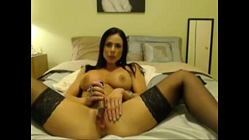 Hot brunette milf babe shows off her dildo skills on webcam - sketcams.com