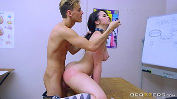 Brazzers - Nekane - Big Tits At School