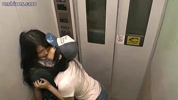 Elevator orgy - Lesbians meet up in an elevator