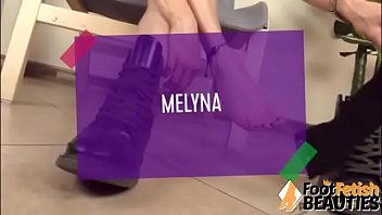 Teen redhead takes boots off and shows cute feet