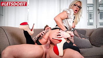BUMS BUERO - (Fit XXX Sandy & Mr. White) Horny German Boss Babe Rides Janitor At His Office