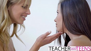 Lesbian Teacher Seduces Teen Students In Threeway
