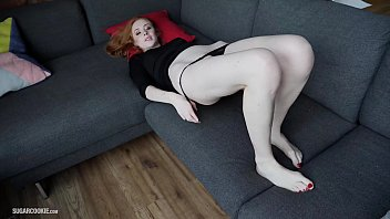 Busty natural redhead Lenina Crowne's homemade sex-tape