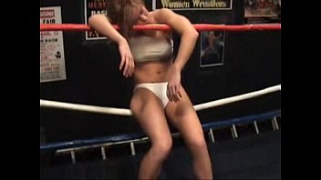 Lady Victoria - Navaeh vs Ashley Lane - Unconscious