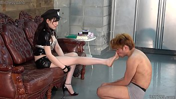 Japanese Femdom Hotwax Humiliation and Trampling