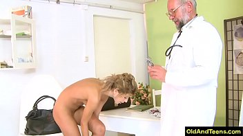 Old doctor have sex during medical test