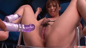 Mami Yuuki seriously fucked with toys during a cam show - More at Pissjp.com