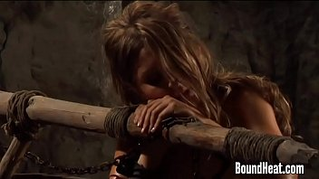 Slave Tears Of Rome: Punishment With The Lesbian Whip [레즈비언 lesbian]