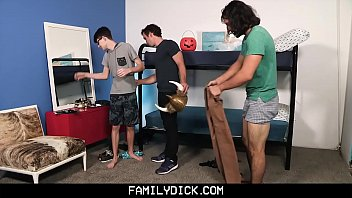 FamilyDick - Uncle teaches Nephews to Rim