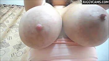 huge big tits webcam 17 min