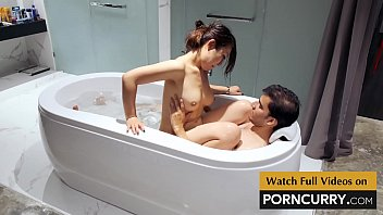 Porncurry - Indian Sex Scandal Desi Boy in Bath Tub with young Japanese girl porn thumbnail