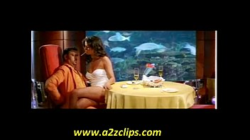 'S LIP TO LIP KISS WITH GULSHAN GROVER