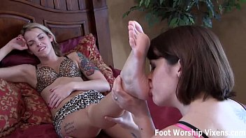 Bella and Leyla relax with a little lesbian foot worship