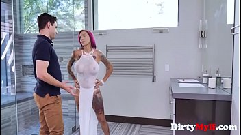 Redhead MILF Hates To Be Bossed Around-Anna Bell Peaks