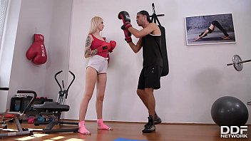 Kickboxing and foot fucking are Milf Arteya's favorite workouts at the gym 13 min