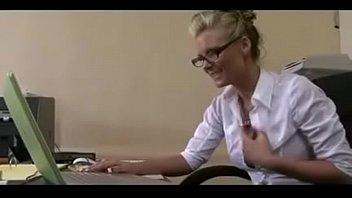 Horny Pussy fuck in office