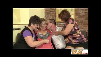 Mature nl free movie - 3 grannies on one cock