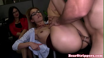 Spex amateur babe fucked hard by stripper