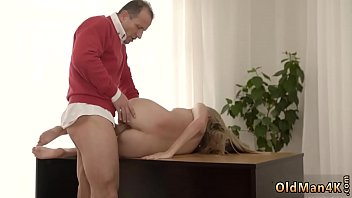 Blind blowjob xxx Stranger in a hefty building knows how to warm you