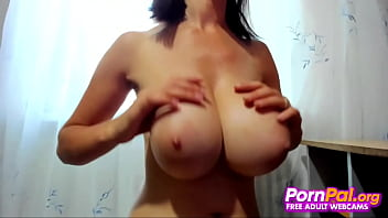 Teen Bounces Her Massive Mammaries