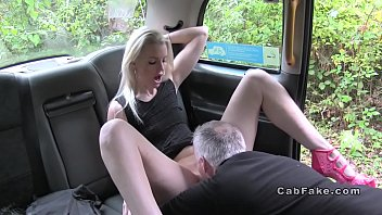 Old cab driver bangs deep throat blonde