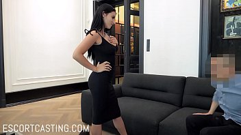 Black Hair Callgirl With Natural Boobs Goes On Leash For Client