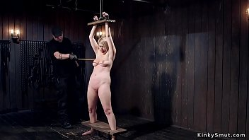 Shaved cunt blonde made ride Sybian