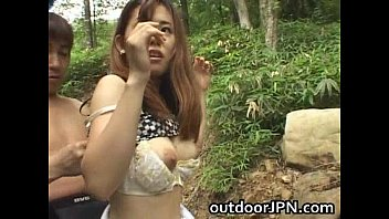 Amateur Pretty Asian babe fucked