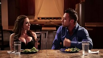 Crying wife Ariella Ferrera