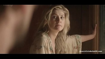 Rosamind pike naked - Rosamund pike women in love ep2 2011