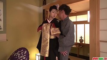 Milf takes down her kimono for a big dick - More at javhd.net