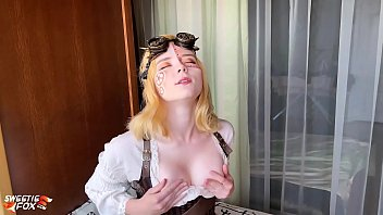 Babe Masturbate Pussy Dildo and Orgasm - Steampunk Cosplay