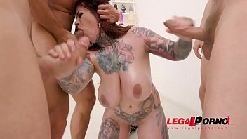 Busty inked slut Sabien Demonia first time to Gonzo with 4on1 Airtight DP SZ2461