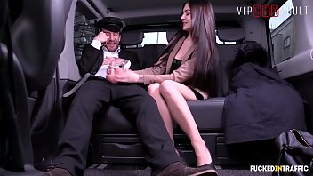 VIP SEX VAULT - German Babe Lulu Gun Deep Fucked By Big Dick In Car