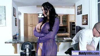 Mommy With Big Melon Tits In Hard Scene Action movie-05
