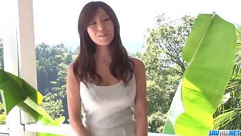 Top outdoor Japanese porn with sexy Chihiro Akino - More at javhd.net