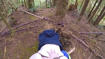 Streaming Video Big juicy ass teasing and fucked in the woods - XLXX.video