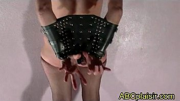 Bdsm Shackles P oor Submissive