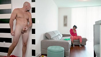 BANGBROS - Latin Maid Rose Monroe Getting Her Venezuelan Big Ass Banged By Jmac Thumb