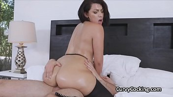 Big ass free video Fat ass curvy latina oiled then rimmed and fucked